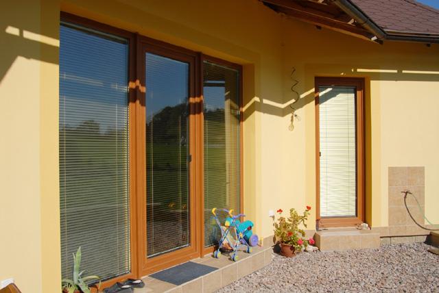 Plastová okna z pevných certifikovaných profilů třídy A Stavona, spol. s r.o.