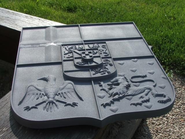 Rytectví, rytí, tabulky  na  urny  a  náhrobky, pamětní desky, štítky