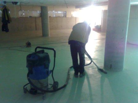 Odolné epoxidové a polyuretanové podlahy