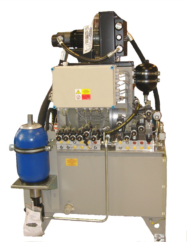 Servis hydraulických a pneumatických zařízení