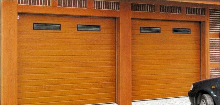 Prodej garážových vrat Příbram - vrata z masivního dřeva