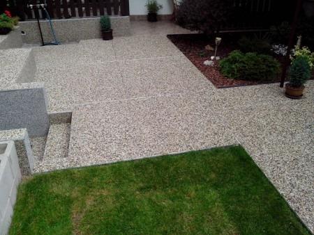Kamenný koberec do exterieru Zlín