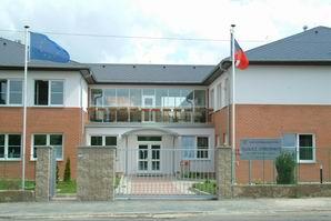 Školicí středisko Praha 6 - přednáškové sály, laboratoře, klimatizované učebny