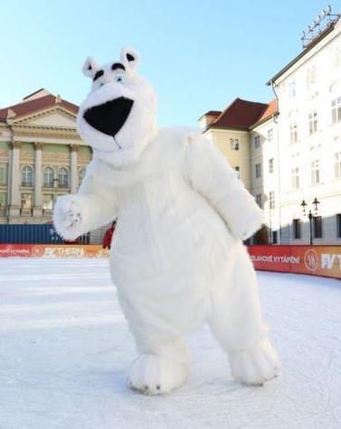 Výroba reklamních kostýmů Praha - maskoti, rekvizity, taneční kostýmy, péřové ozdoby