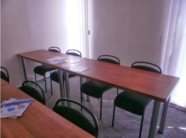 Pracovní, jednací, kancelářské, dětské stoly z lamina-přímo od výrobce
