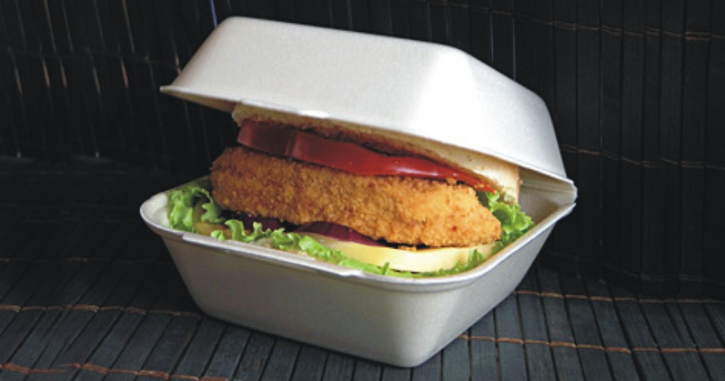 Praktické jednorázové nádobí, boxy na jídlo, příbory