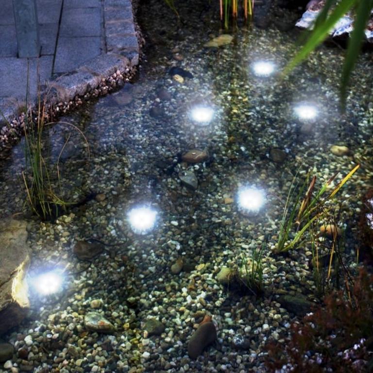 Solární zahrada - osvětlení pro jezírka, pumpy a fontány Opava