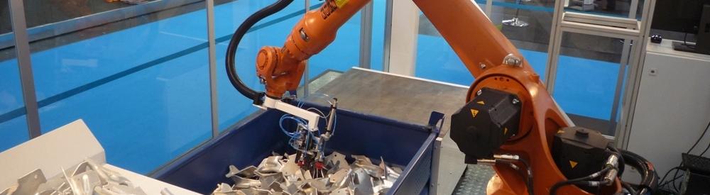 Bin picking - vybírání předmětů z kontejneru průmyslovým robotem Plzeň