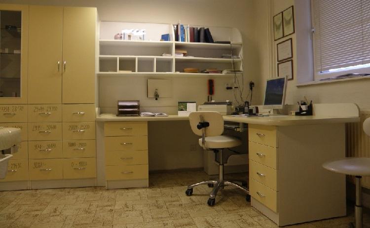 Profesionální plastika břicha, liposukce i operace prsou v epidurální anestezii