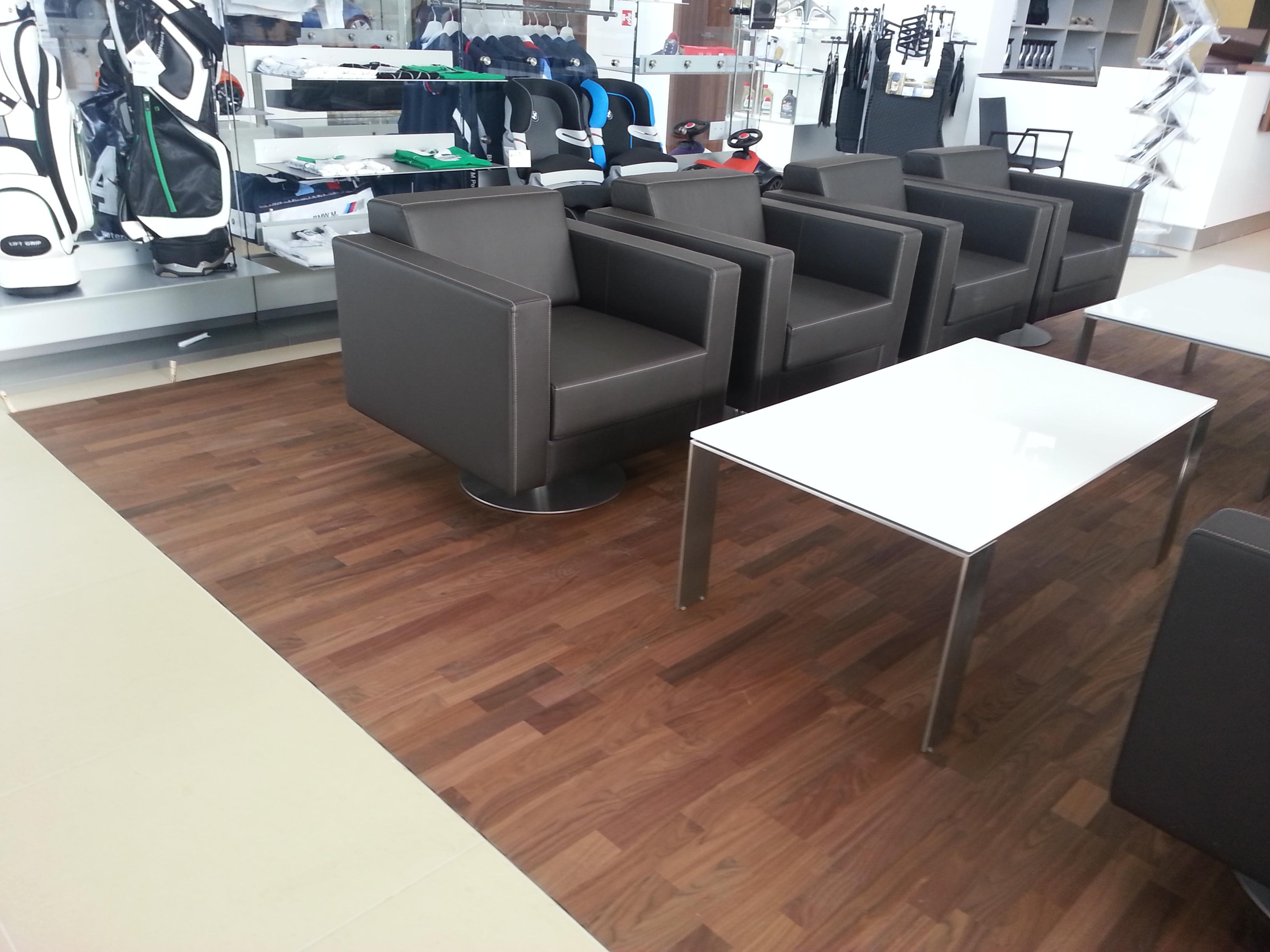 Třívrstvé dřevěné podlahy od prověřených výrobců