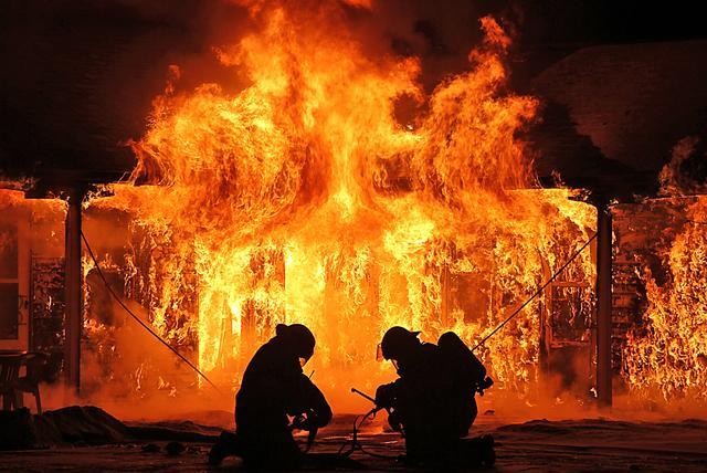 Realizace protipožárních stavebních konstrukcí pro zajištění požární bezpečnosti