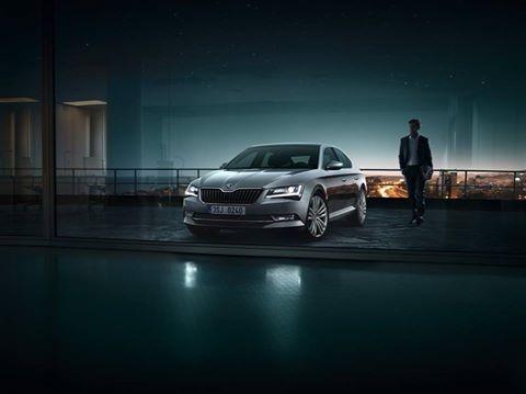 Škoda Superb-auto roku 2016 z Autosalonu DOBE-CAR