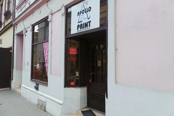 Komplexní tiskařské služby – od velkoplošného tisku až po knižní vazbu
