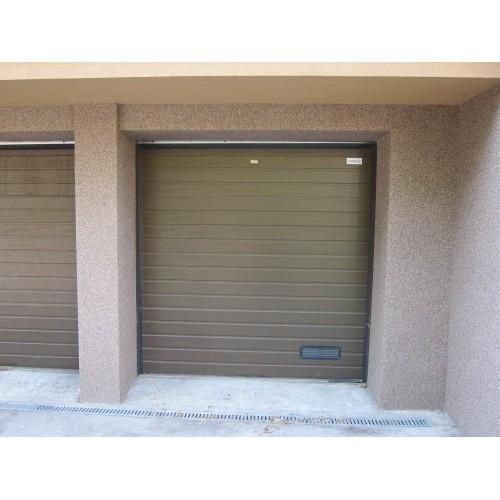 Sekční vrata - garážová a průmyslová vrata s dlouhou životností za výhodné ceny