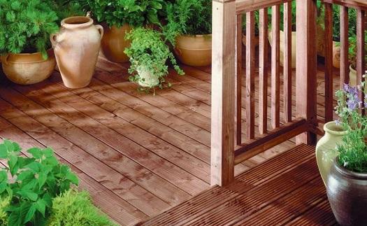 Lazury na dřevo Opava - lazurovací barvy, oleje a vosky na dřevěné povrchy