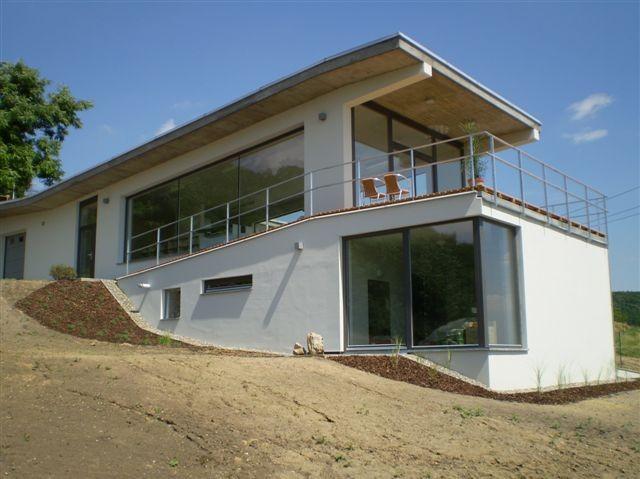 Stavba rodinného domu, bungalovu, rekreační chaty-realizace na klíč