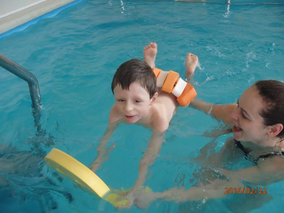 Plavání pro děti předškolního i školního věku na krytém bazéně
