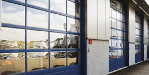 Rychloběžná fóliová vrata pro interiér i exteriér - maximální bezpečnost, nízké náklady