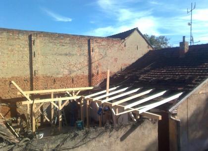 Pokrývačské práce, pokrývač, střechy na klíč, rekonstrukce střech, Znojmo
