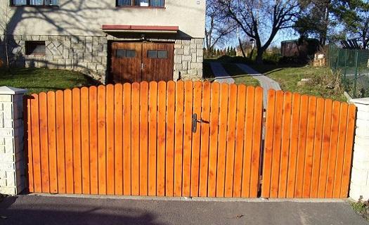 Posuvné brány, pohony a komponenty pro otočnou bránu