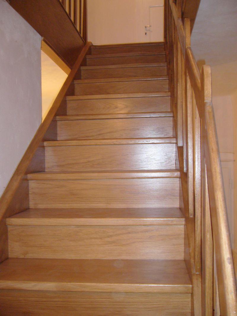 Zakázková výroba kvalitních dřevěných schodišť