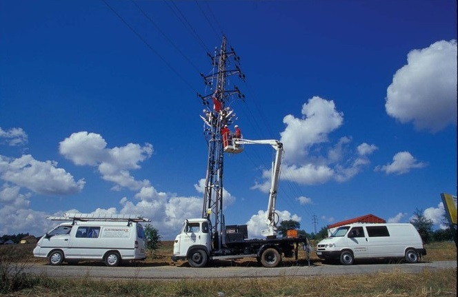Elektromontáže - zabezpečíme dodávku aj montáž distribučných sietí pre VN aj NN, Česká republika