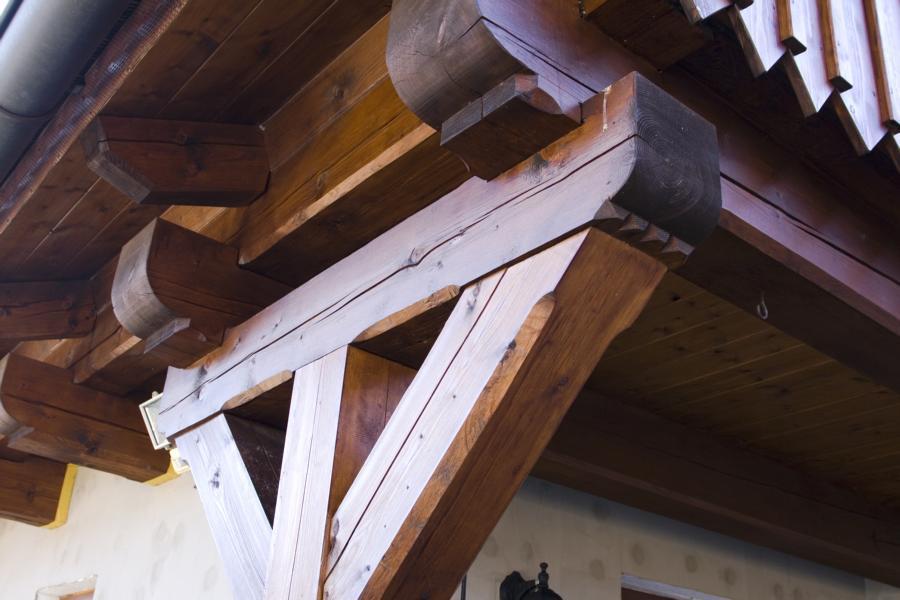 Natěračské práce, nátěr okapních systémů,  plechových střech, dřevostaveb