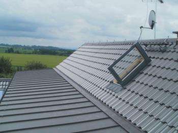Realizace střechy a střešní konstrukce na míru, opravy starých střech