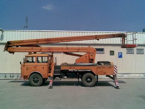 Výškové práce do 20 metrů s použitím vysokozdvižné plošiny