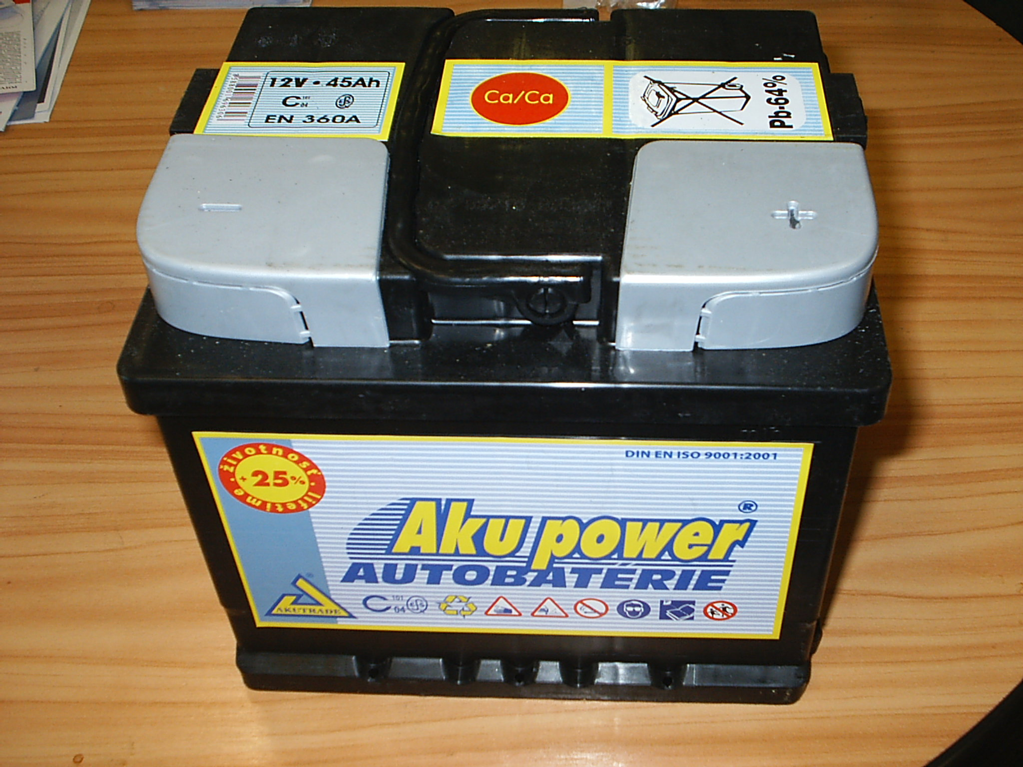 Autobaterie Akupower 45AH.....................998,- Kč s DPH
