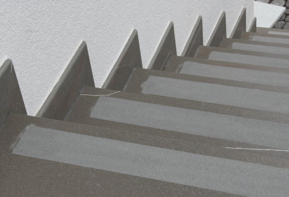 Technoart Teplice - zpracování keramických obkladů a dlažby