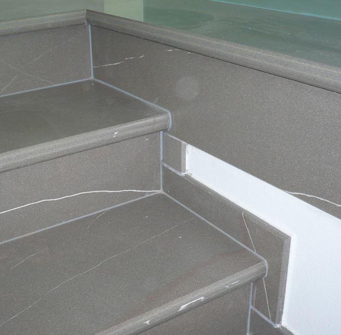 Následné zpracování keramických obkladů a dlažby na zakázku