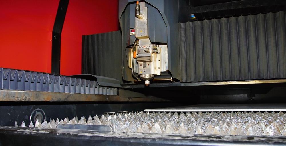 Zpracování, plošné pálení, řezání plechů 2D laserem