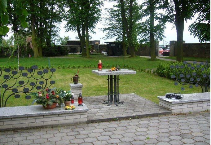 Pohřby nejen v Horních Počernicích