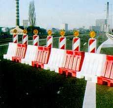 Dopravní zařízení - svodidla, zábrany