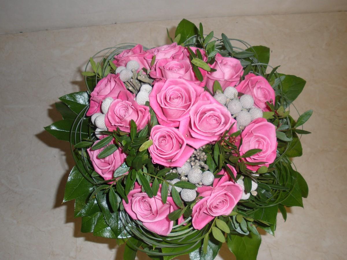pugét růží - rozvoz Zlín, Kroměříž