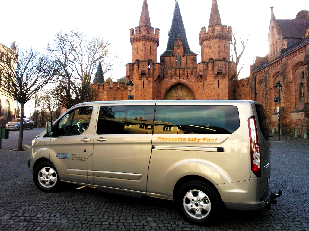 Doprava osob mikrobusem - transfery z i na letiště Ostava-Mošnov levně pro 7 osob