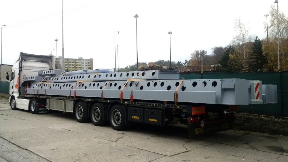 Nadrozměrné náklady-přeprava obytných kontejnerů, mobilních domů