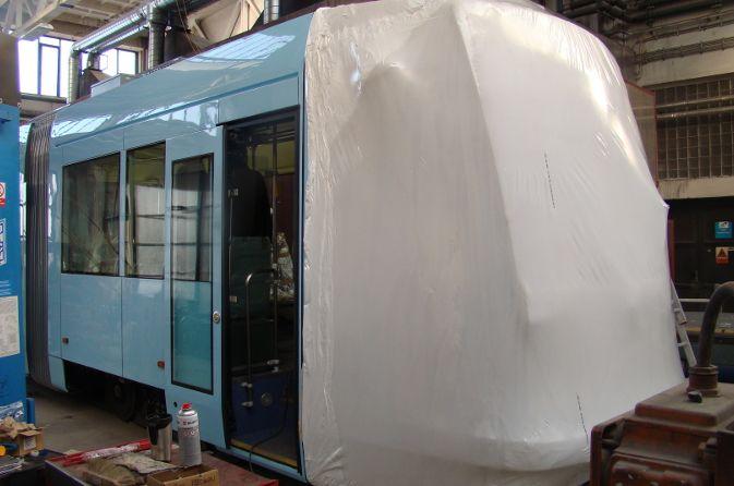 Balení dopravních prostředků a jejich částí – tramvaje, trolejbusy, nákladní auta, motory, převodovky