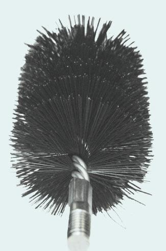 Schornsteinbürsten für schonende Reinigung von Edelstahleinlagen in Schornsteinen, Tschechien
