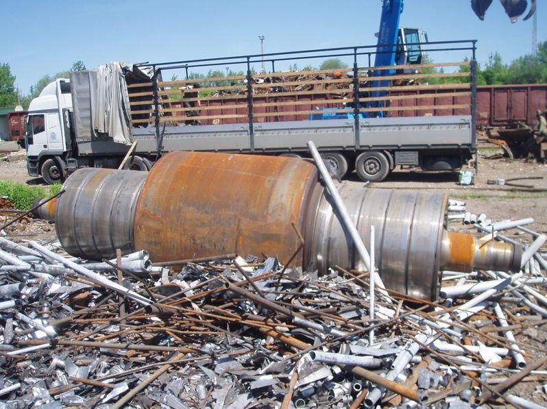 Kovový a litinový odpad - přistavění kontejneru zdarma Ostrava