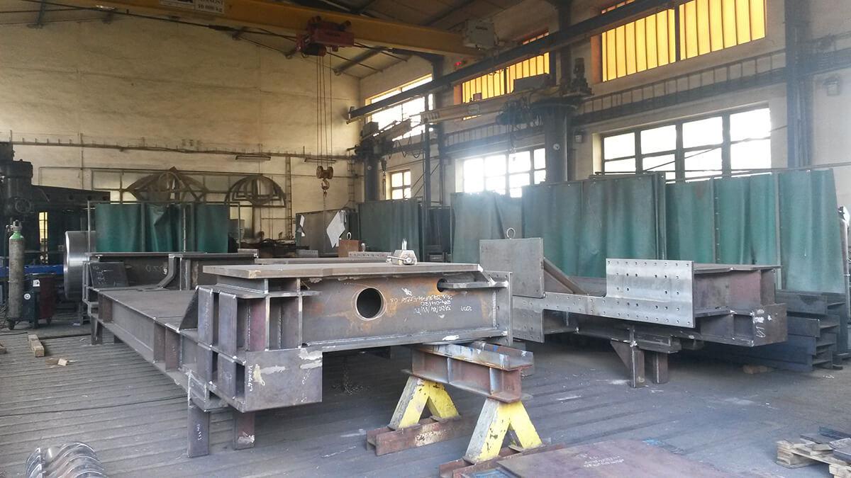 Zámečnická výroba svařenců a kompletních strojů dle dodané dokumentace