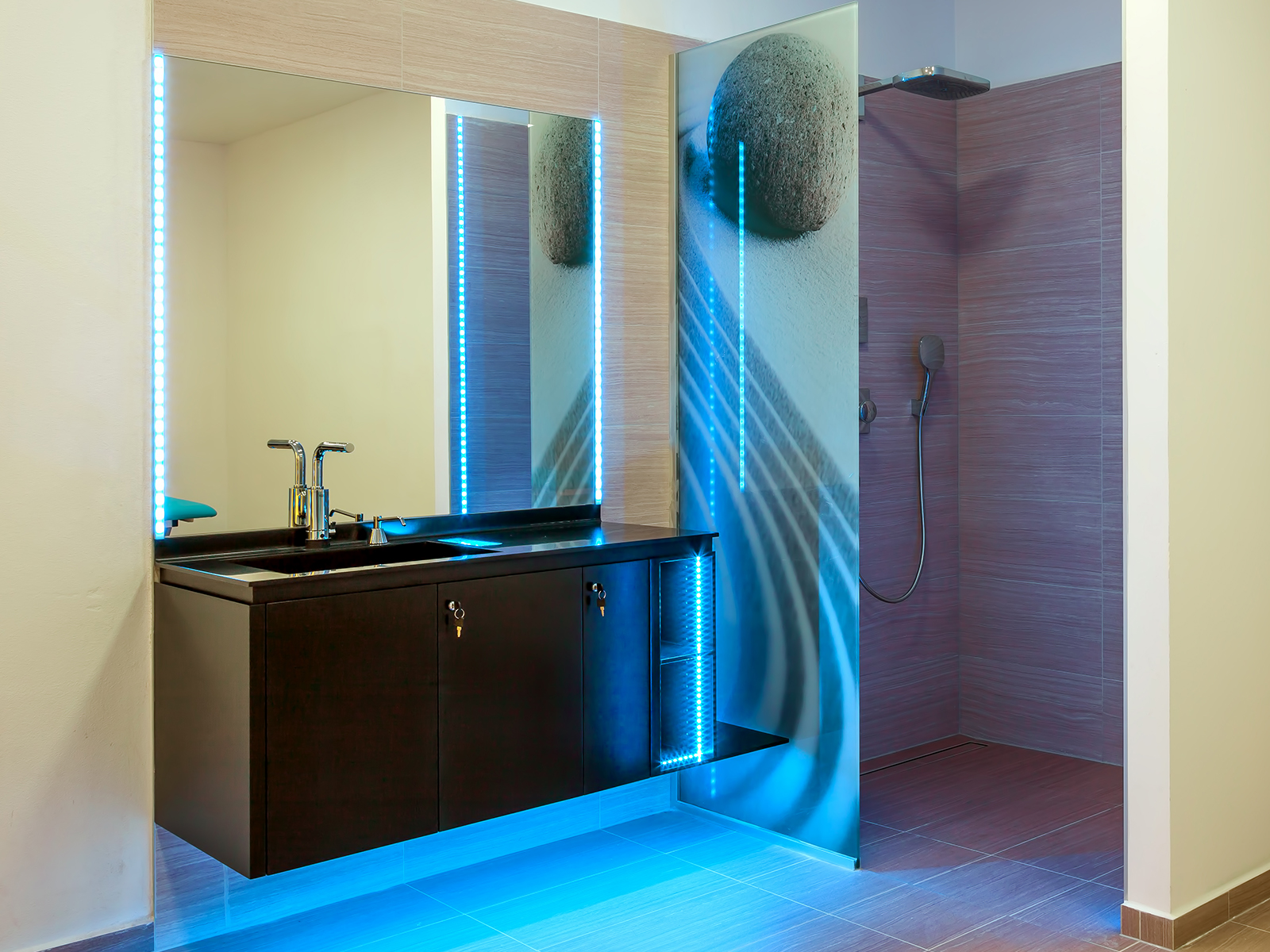 Sklo s potiskem Image Glass-skleněné prvky v interiéru, exteriéru