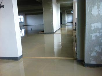 Anhydritová podlaha pro realizaci hrubých podlah v komerčních prostorech nebo v rodinných i bytových domech