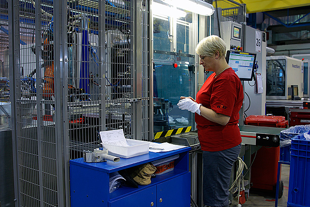 Nástrojárna lisovna plastové kovové výlisky Ústí nad Orlicí