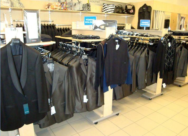 Prodej značkového oblečení pro dámy a pány - pláště, kabáty, saka, kostýmy, kalhoty