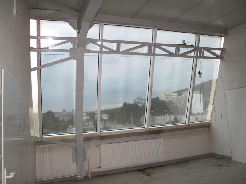 Instalace okenní fólie-bezpečnostní, protisluneční, termoizolační