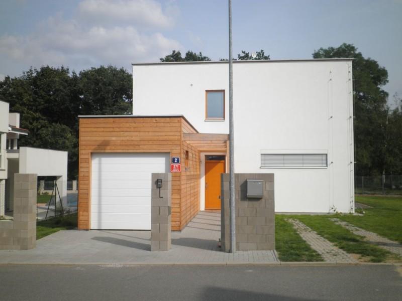 Poradenskou činnost ve stavebnictví provede Ing. Tomáš Nedomlel - N-WOOD s.r.o.