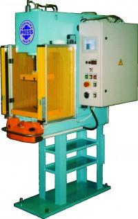 Hydraulické lisy na kov, plasty a keramiku - vývoj a výroba