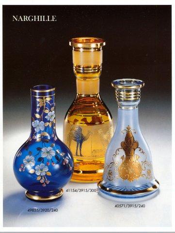 Tradiční malosériová ruční výroba skla na zakázku navržená sklářskými výtvarníky
